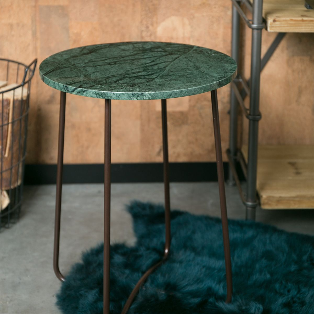 gu ridon table d 39 appoint marbre vert et m tal emerald. Black Bedroom Furniture Sets. Home Design Ideas