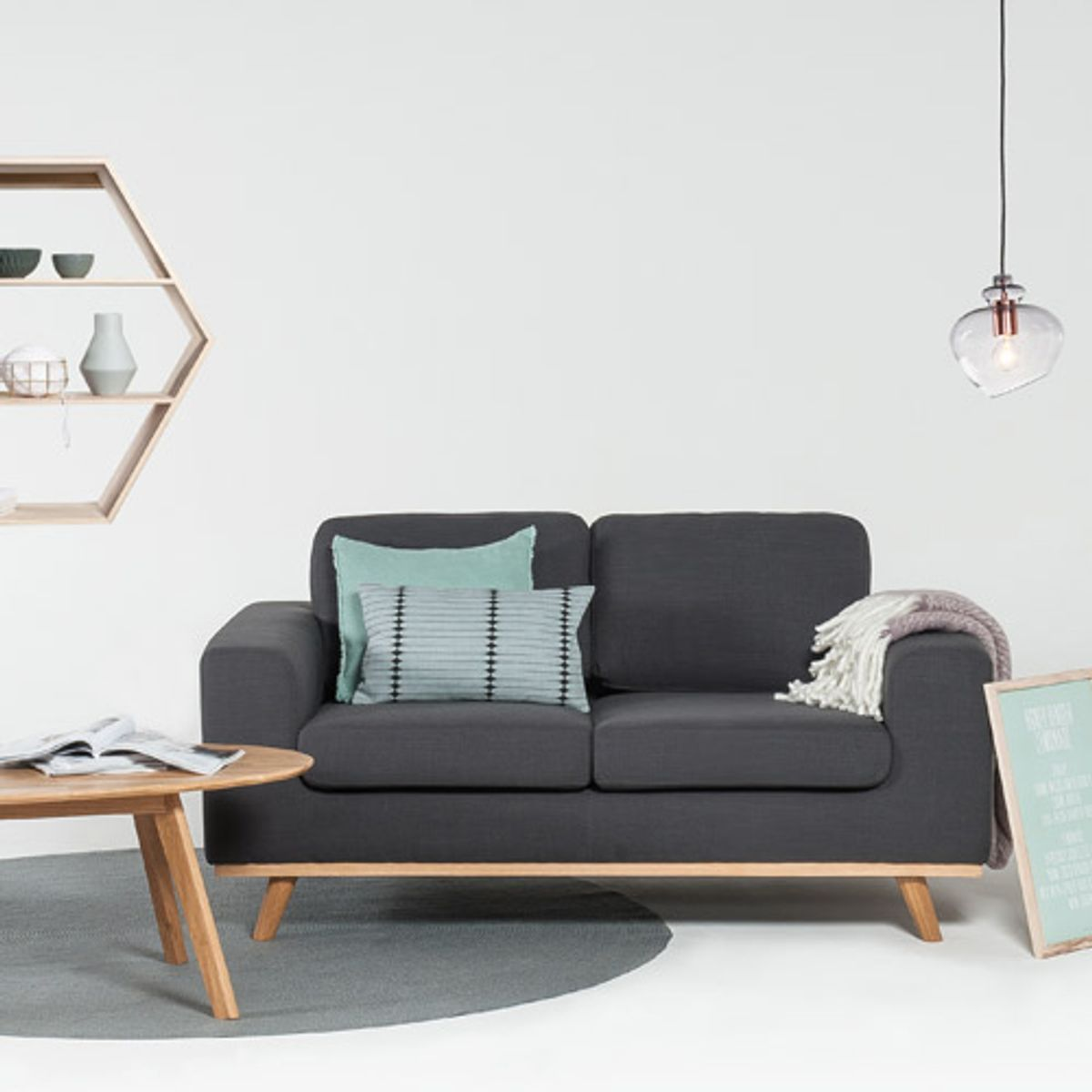 canap en lin l161 pieds en ch ne norway arne lykke anthracite decoclico. Black Bedroom Furniture Sets. Home Design Ideas