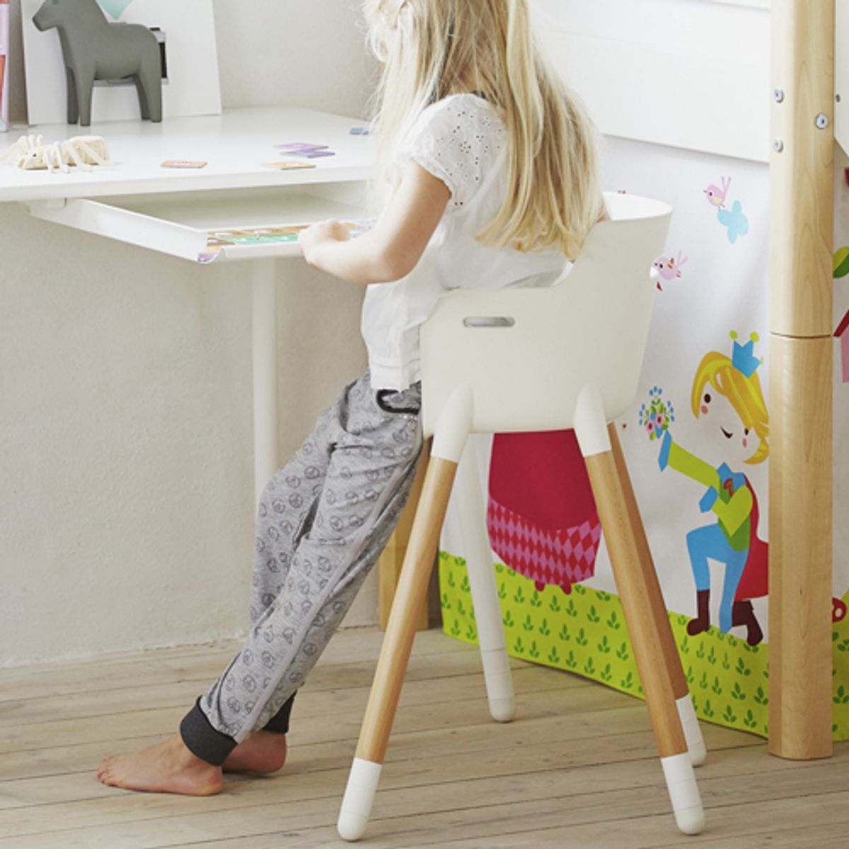 Chaise Junior en hêtre avec assise réglable Flexa