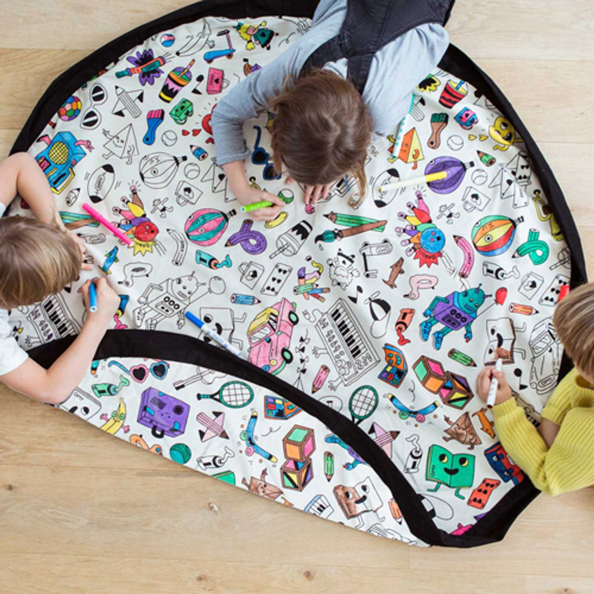 sac de rangement tapis de jeu coton coloriable omy play and go decoclico. Black Bedroom Furniture Sets. Home Design Ideas