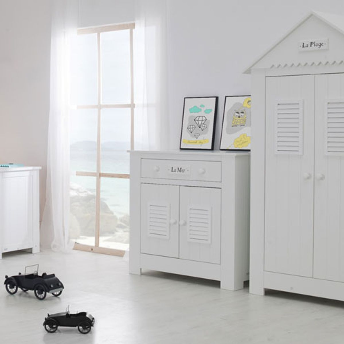 armoire penderie enfant cabine plage bois blanc 2p. Black Bedroom Furniture Sets. Home Design Ideas
